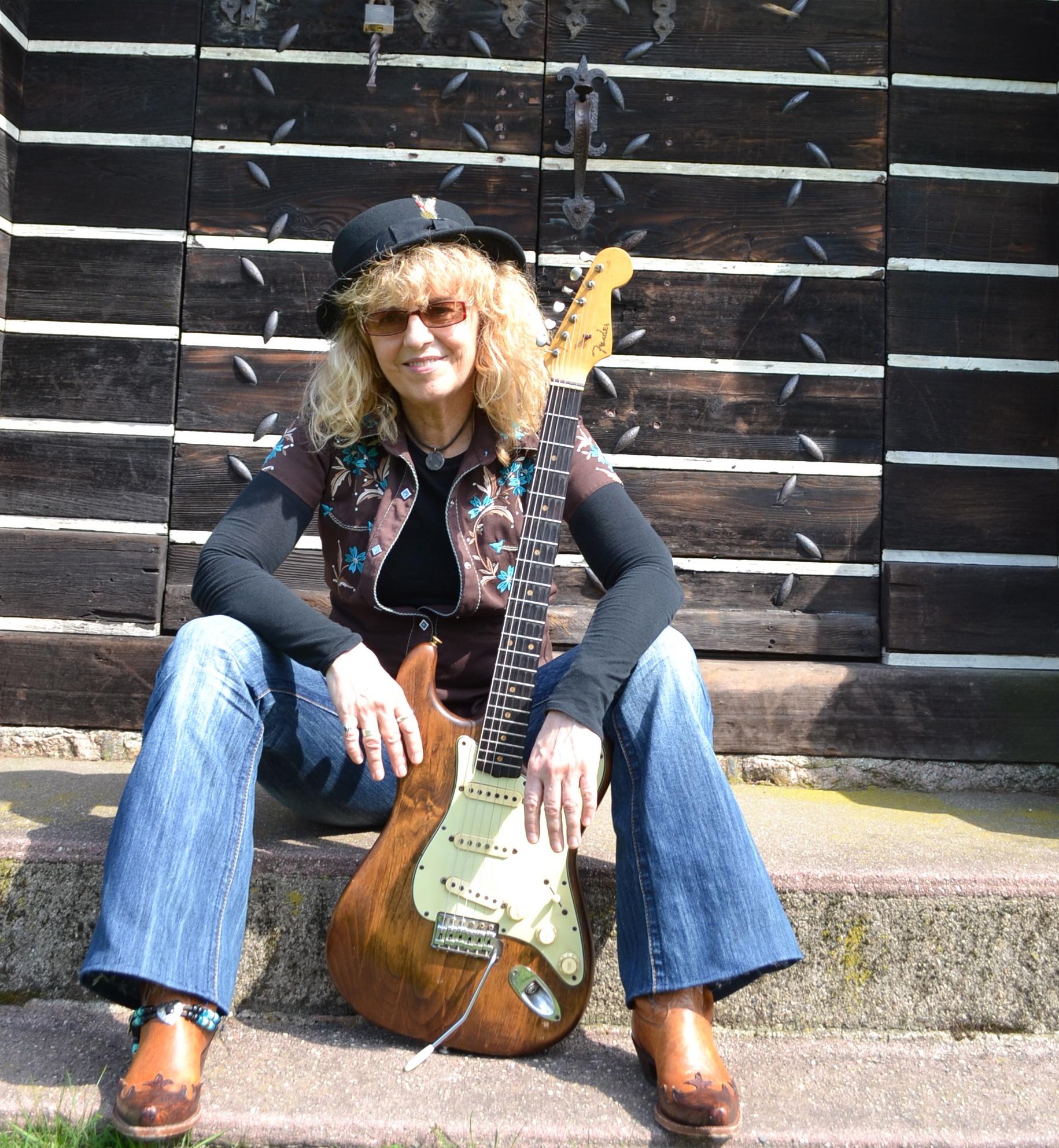 Debbie Davis